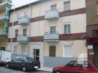 Piso en venta en Allende, Miranda de Ebro, Burgos, Calle Rosales, 22.291 €, 3 habitaciones, 1 baño, 70 m2