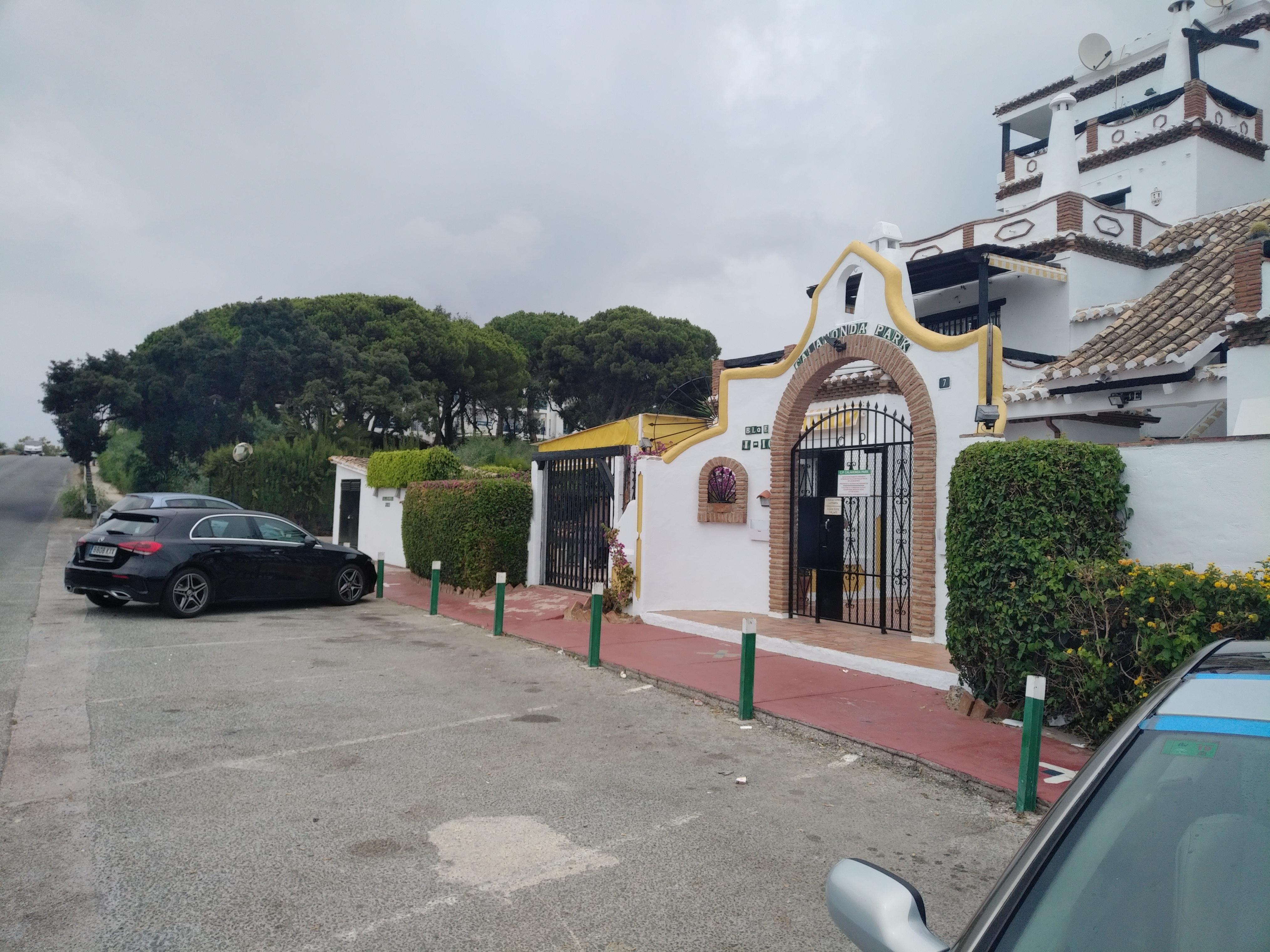 Piso en venta en Urbanización Sitio de Calahonda, Mijas, Málaga, Carretera Nacional N-340, 149.000 €, 2 habitaciones, 2 baños, 107 m2