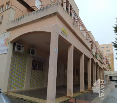Local en venta en Valverde - Ciudad Jardín, Badajoz, Badajoz, Calle Arrayanes, 71.900 €, 83 m2