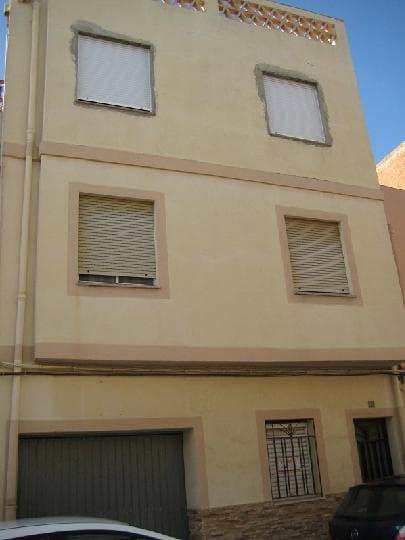 Piso en venta en Castellón de la Plana/castelló de la Plana, Castellón, Calle Larga, 30.000 €, 3 habitaciones, 1 baño, 158 m2