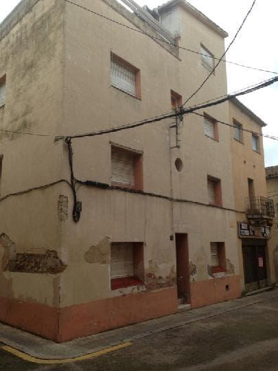 Casa en venta en Caldes de Malavella, Girona, Plaza Petita, 179.000 €, 14 habitaciones, 3 baños, 144 m2