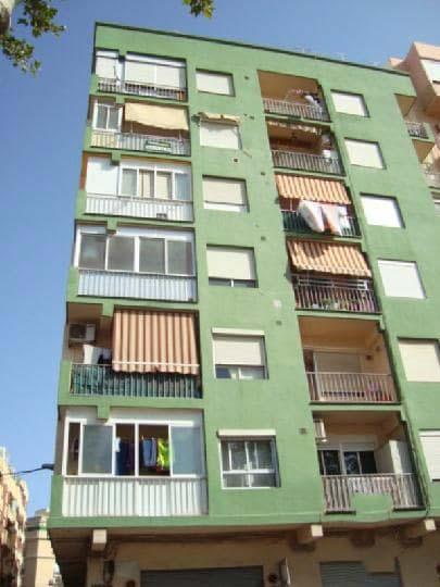 Piso en venta en Sagunto/sagunt, Valencia, Calle Petrés, 68.700 €, 3 habitaciones, 1 baño, 74 m2