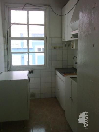 Piso en venta en Piso en Ferrol, A Coruña, 26.260 €, 3 habitaciones, 1 baño, 69 m2