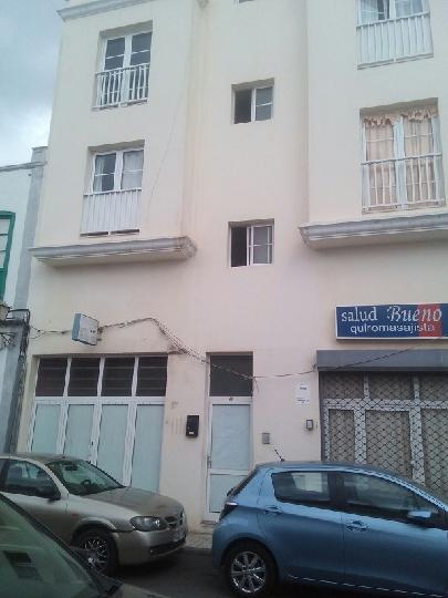 Piso en venta en Arrecife, Las Palmas, Calle Perez Galdos, 59.305 €, 1 habitación, 1 baño, 90 m2