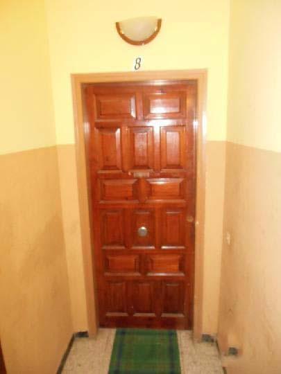 Piso en venta en Piso en Figueres, Girona, 70.300 €, 3 habitaciones, 1 baño, 85 m2