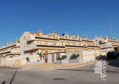 Piso en venta en Orihuela, Alicante, Calle del Lobo, 130.000 €, 3 habitaciones, 3 baños, 155 m2