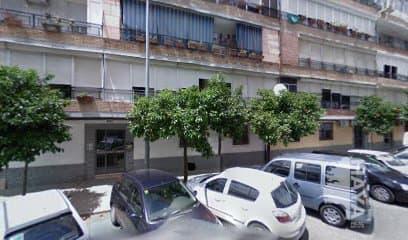 Piso en venta en Casco Antiguo, Sevilla, Sevilla, Calle Ciudad de Gandia, 70.000 €, 4 habitaciones, 1 baño, 89 m2