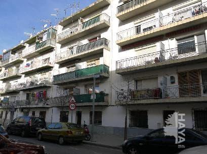 Piso en venta en Figueres, Girona, Calle Acuario, 66.749 €, 3 habitaciones, 1 baño, 83 m2