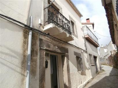 Casa en venta en L´asil, la Adrada, Ávila, Camino de Piedralaves, 61.328 €, 3 habitaciones, 2 baños, 112 m2