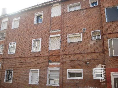 Piso en venta en Las Delicias, Valladolid, Valladolid, Calle Duero, 31.000 €, 3 habitaciones, 1 baño, 50 m2