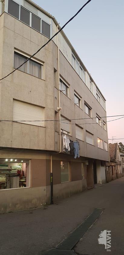Piso en venta en Sabarís, Baiona, Pontevedra, Plaza Victoria Cadaval-sta Cris, 88.000 €, 2 habitaciones, 1 baño, 118 m2