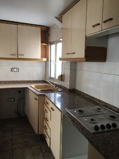 Piso en venta en Torrent, Valencia, Calle Valencia, 20.798 €, 2 habitaciones, 1 baño, 80 m2