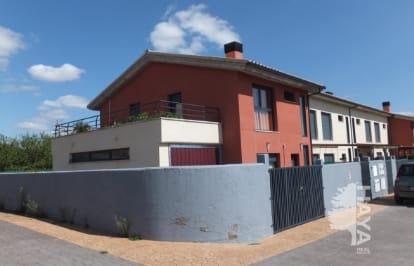 Casa en venta en Ochánduri, La Rioja, Calle Encinas, 109.870 €, 3 habitaciones, 2 baños, 120 m2