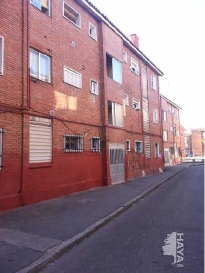 Piso en venta en Las Delicias, Valladolid, Valladolid, Calle Trabancos, 19.005 €, 1 baño, 49 m2