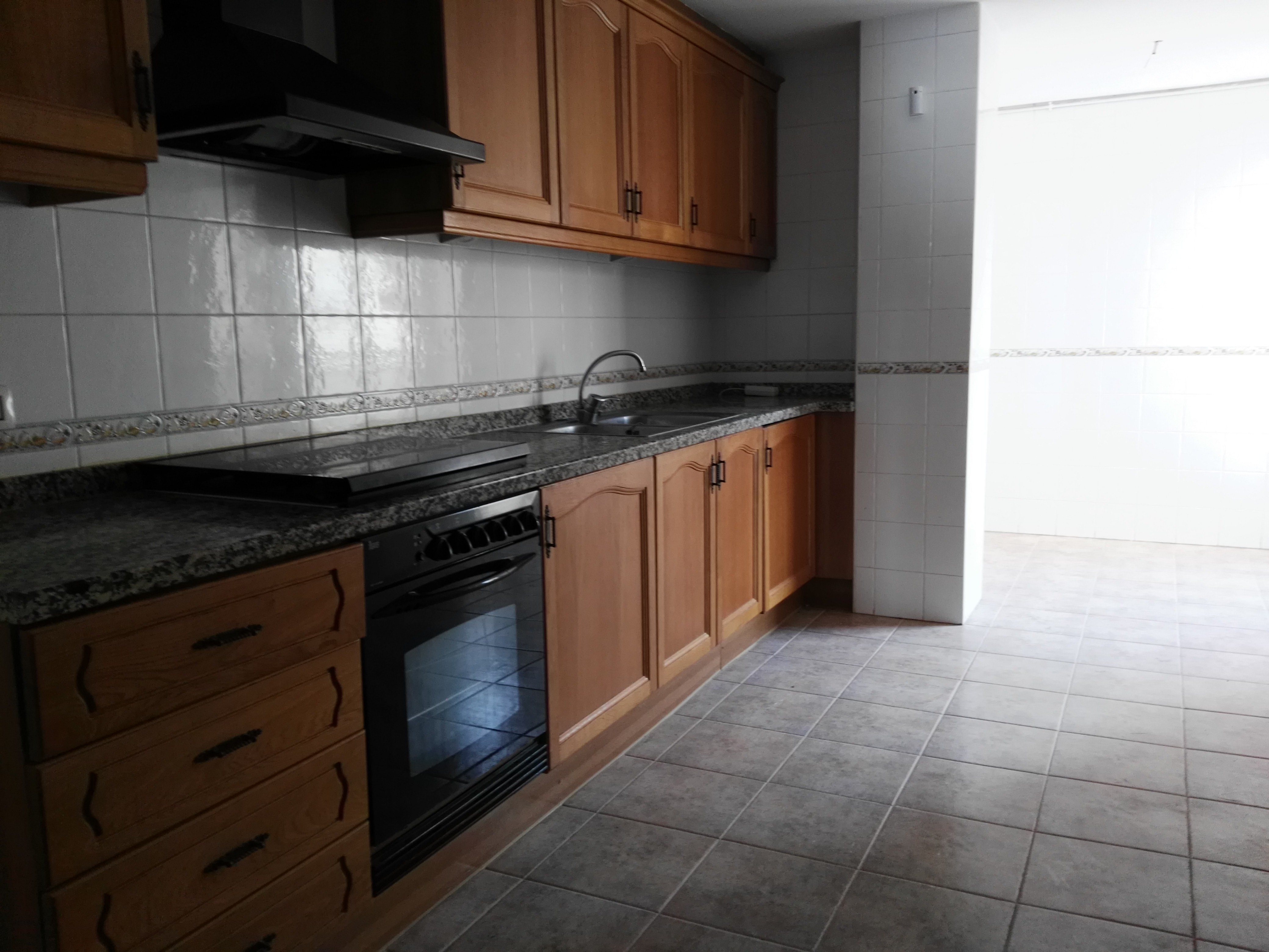 Piso en venta en Almazora/almassora, Castellón, Calle San Fernando, 91.000 €, 3 habitaciones, 2 baños, 108 m2