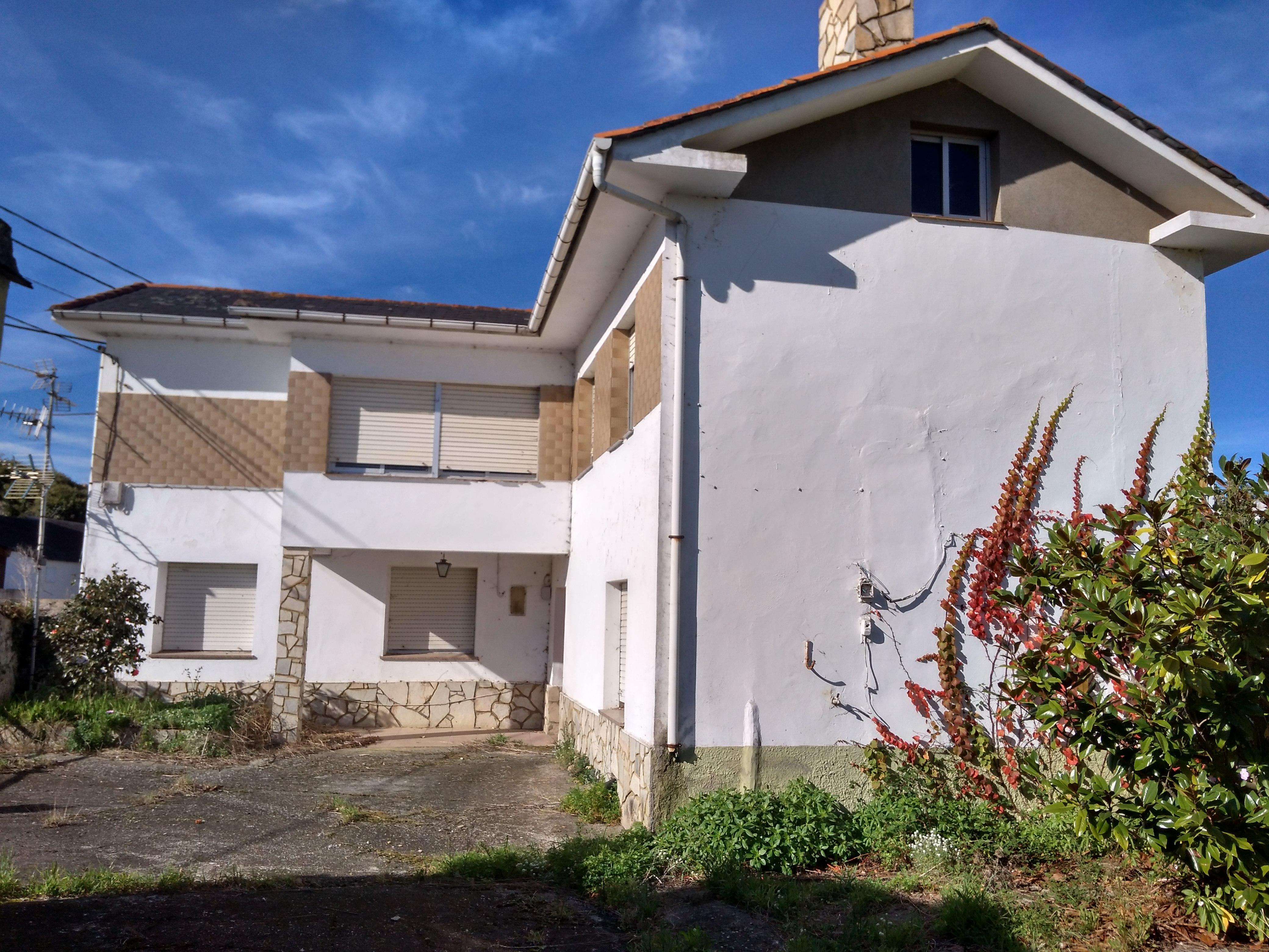 Casa en venta en Casa en Castropol, Asturias, 167.700 €, 5 habitaciones, 2 baños, 195 m2