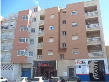 Piso en venta en Roquetas de Mar, Almería, Calle de la Mojonera, 63.900 €, 3 habitaciones, 1 baño, 106 m2