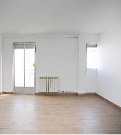 Piso en alquiler en Madrid, Madrid, Calle Cerrillo, 790 €, 3 habitaciones, 1 baño, 57 m2