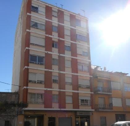 Piso en venta en Grupo 1º de Mayo, Nules, Castellón, Calle Santa Barbara, 27.360 €, 4 habitaciones, 2 baños, 99 m2