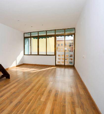 Piso en alquiler en Valencia, Valencia, Calle Sta Maria Micaela, 950 €, 4 habitaciones, 2 baños, 126 m2