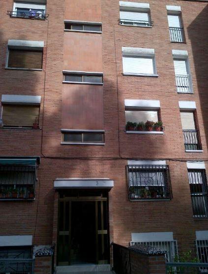 Piso en venta en Sabadell, Barcelona, Calle Escuela, 40.500 €, 3 habitaciones, 1 baño, 67 m2