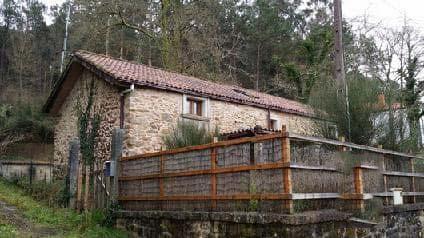 Casa en venta en Outes, A Coruña, Lugar Coiradas Barreira, 120.533 €, 4 habitaciones, 2 baños, 200 m2