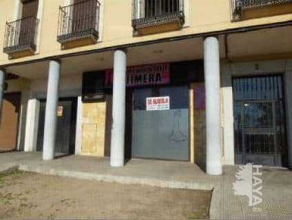 Local en venta en Talavera de la Reina, Toledo, Avenida Real Fabrica de Sedas, 106.800 €, 125 m2