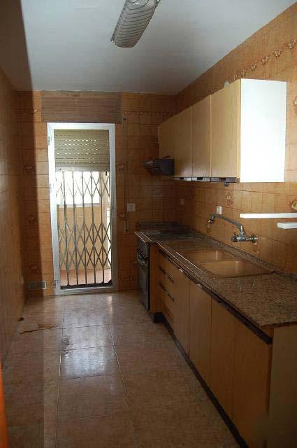 Piso en venta en Torreforta, Tarragona, Tarragona, Calle Balaguer, 49.822 €, 3 habitaciones, 2 baños, 82 m2