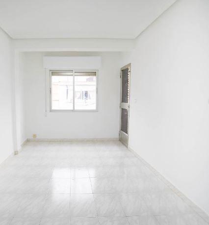 Piso en venta en Alcalá de Henares, Madrid, Calle Vargas Machuca, 600 €, 3 habitaciones, 1 baño, 74 m2