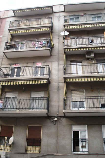 Piso en venta en Sant Josep, L` Hospitalet de Llobregat, Barcelona, Calle Canigó, 219.000 €, 2 habitaciones, 1 baño, 96 m2