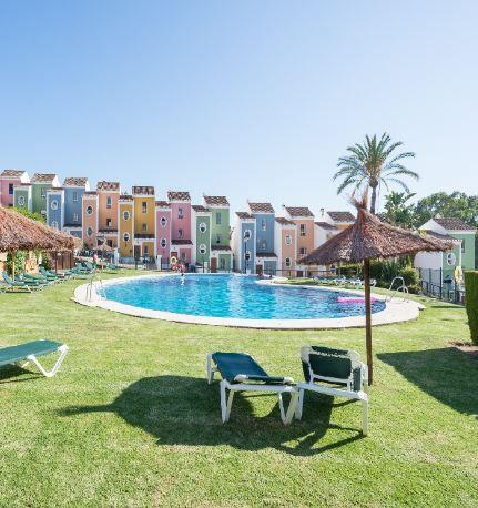 Casa en alquiler en Casa en Casares, Málaga, 630 €, 3 habitaciones, 2 baños, 115 m2