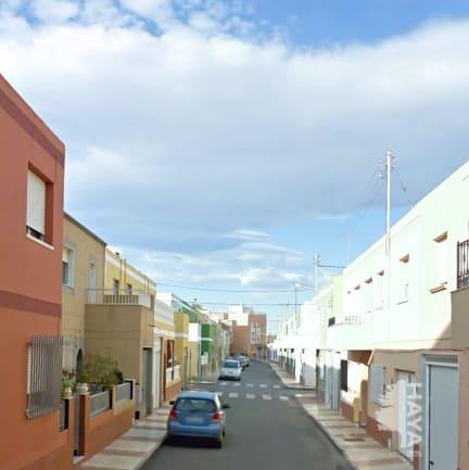Piso en venta en Roquetas de Mar, Almería, Calle Pechina, 159.000 €, 4 habitaciones, 2 baños, 176 m2