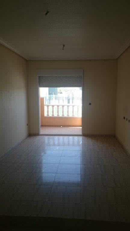 Piso en venta en Piso en Algorfa, Alicante, 50.700 €, 2 habitaciones, 1 baño, 72 m2