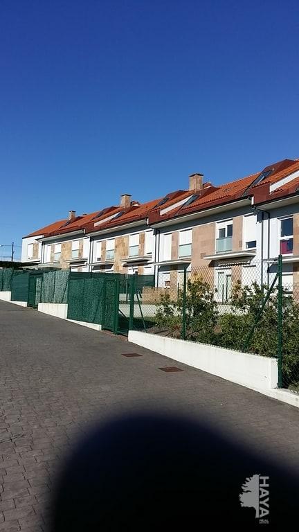 Piso en venta en Santillana del Mar, Cantabria, Urbanización El Palacio, 110.500 €, 3 habitaciones, 2 baños, 115 m2