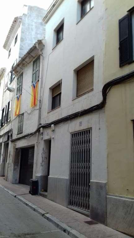 Casa en venta en Mahón, Baleares, Calle Rector Mort, 229.000 €, 4 habitaciones, 3 baños, 230 m2