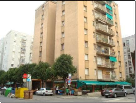 Piso en venta en Salt, Girona, Calle Angel Guimera, 52.911 €, 3 habitaciones, 1 baño, 70 m2
