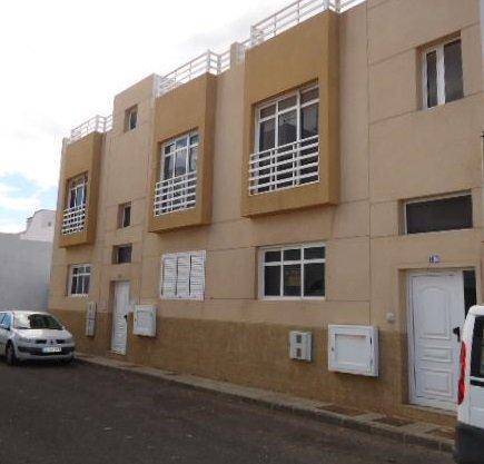 Piso en venta en Arrecife, Las Palmas, Calle Combatiente de la Cruzada, 84.400 €, 2 habitaciones, 1 baño, 85 m2