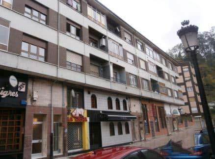 Piso en venta en Blimea, San Martín del Rey Aurelio, Asturias, Calle Puerto Pajares, 12.900 €, 3 habitaciones, 1 baño, 88 m2
