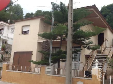 Piso en venta en Calafell, Tarragona, Avenida Compte Gómez de Orbaneia, 428.919 €, 4 habitaciones, 1 baño, 199 m2