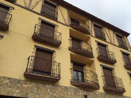 Piso en venta en Camarena de la Sierra, Teruel, Calle San Mateo, 51.200 €, 2 habitaciones, 1 baño, 76 m2