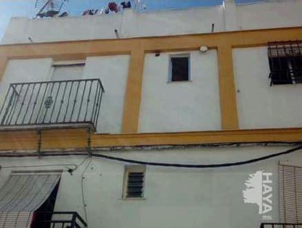 Piso en venta en Sevilla, Sevilla, Calle Virgen del Dulce Nombre, 55.000 €, 2 habitaciones, 1 baño, 58 m2
