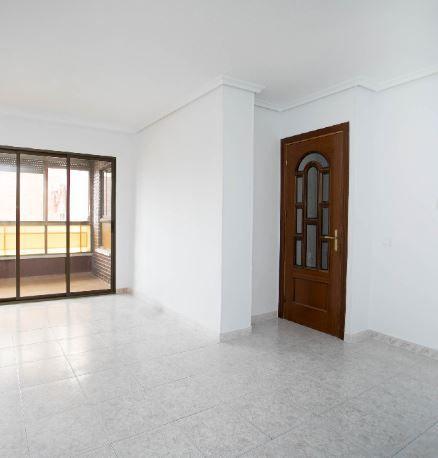 Piso en alquiler en Fuenlabrada, Madrid, Calle Pireo, 735 €, 3 habitaciones, 1 baño, 70 m2