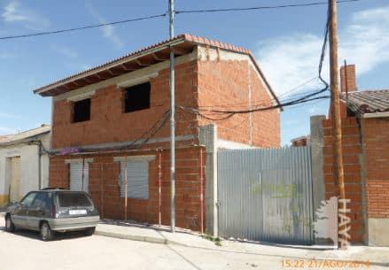 Casa en venta en Olmedo, Valladolid, Calle San Salvador, 67.749 €, 3 habitaciones, 2 baños, 200 m2