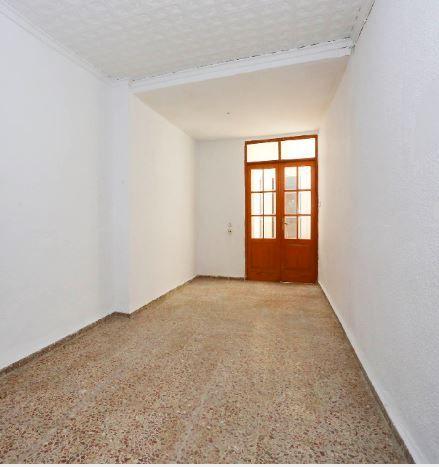 Casa en alquiler en Carcaixent, Valencia, Calle del Maestro Giner, 370 €, 4 habitaciones, 1 baño, 155 m2