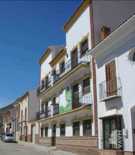 Piso en venta en Alameda, Málaga, Calle de los Claveles, 58.500 €, 3 habitaciones, 2 baños, 132 m2