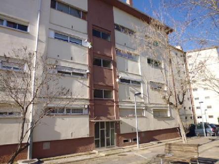 Piso en venta en Sta. Caterina - Guia - Oller, Manresa, Barcelona, Calle Pare Ignasi Puig, 25.650 €, 4 habitaciones, 1 baño, 75 m2