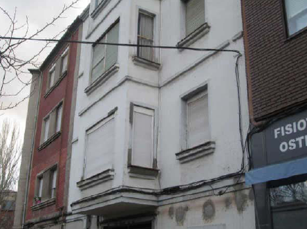 Piso en venta en Compostilla, Ponferrada, León, Calle Via Pico Tuerto, 38.000 €, 3 habitaciones, 1 baño, 100 m2