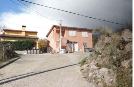 Casa en venta en El Arenal, Ávila, Calle la Barranquera, 141.816 €, 3 habitaciones, 2 baños, 236 m2