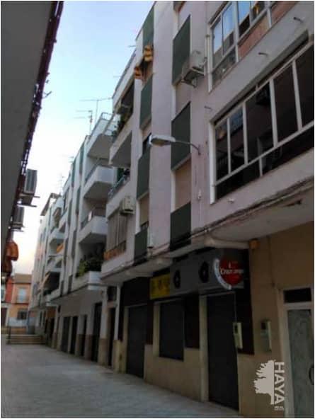 Piso en venta en Las Vegas, Lucena, Córdoba, Calle Ejido Plaza de Toros, 38.600 €, 3 habitaciones, 95 m2