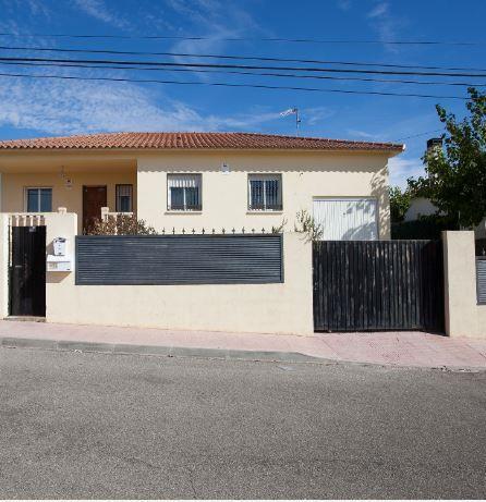 Casa en alquiler en Colmenar de Oreja, Madrid, Calle Pusa, 580 €, 3 habitaciones, 2 baños, 134 m2